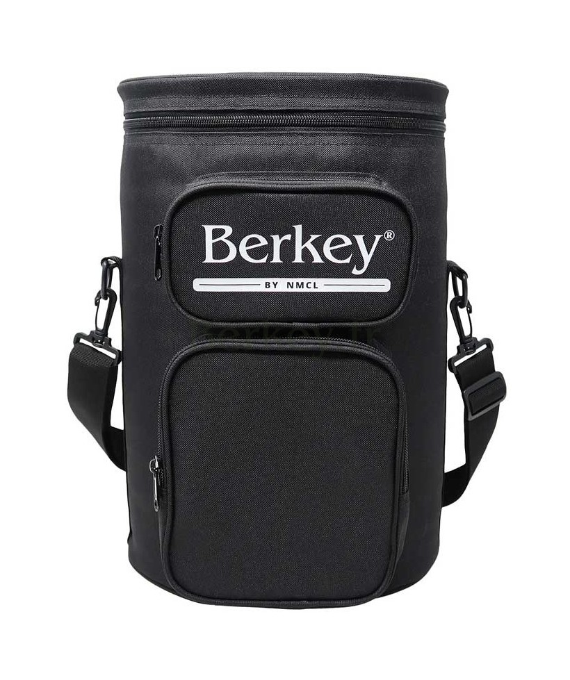 SACOCHE NOIRE POUR BIG BERKEY : Avec son rangement pour les filtres Black Berkey (Réf. : BIGBERKEYTOTEBLK).